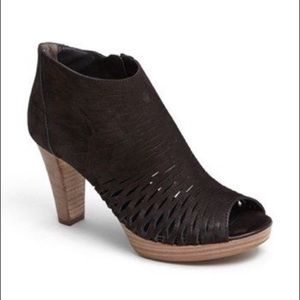 Paul green Tacey black leather open toe booties